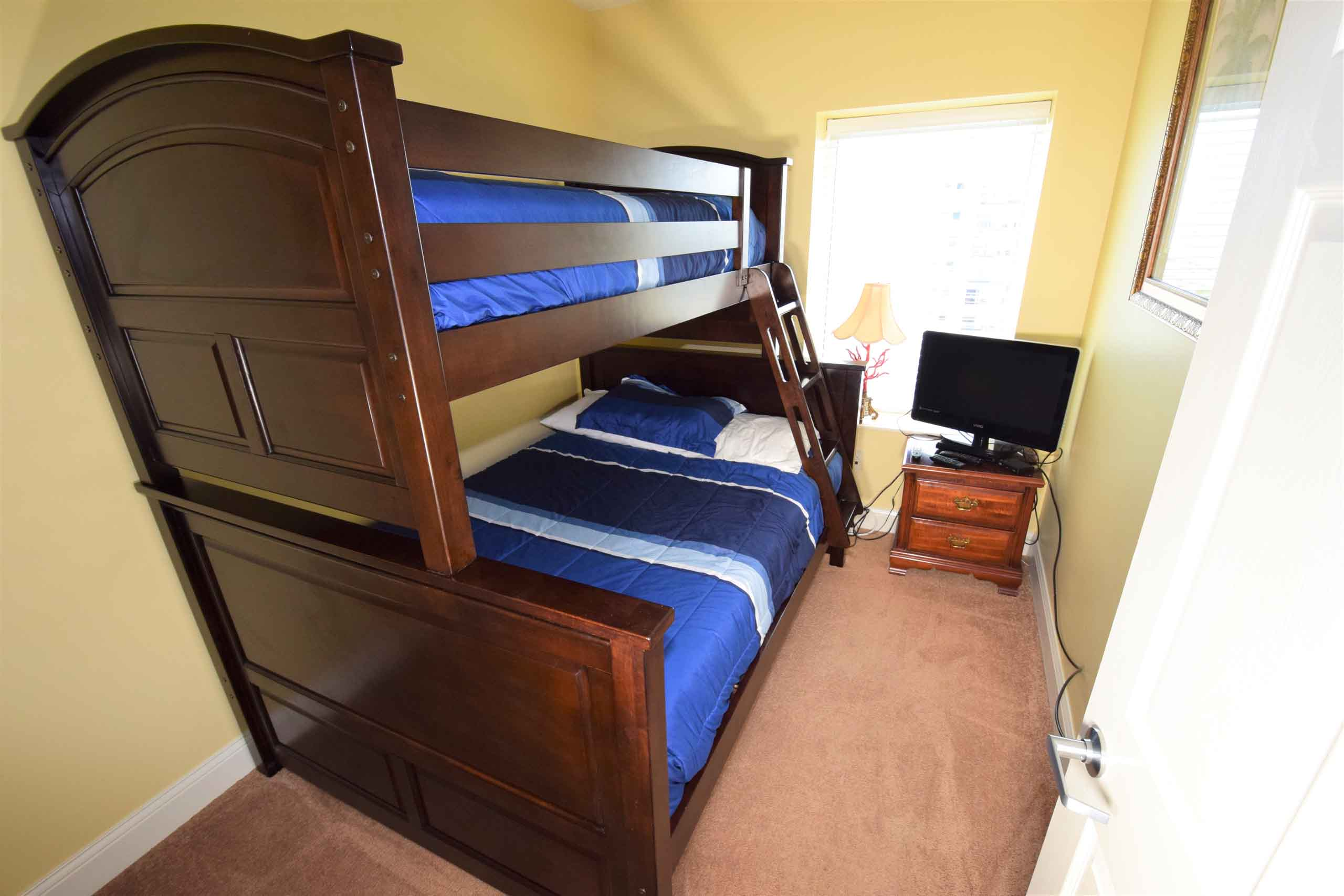 Ocean Blue 803 Bunk Bedroom