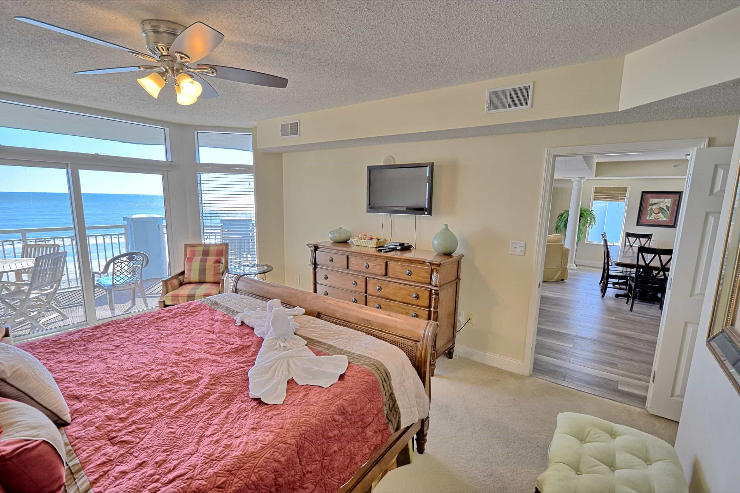 Ocean-Blue-Resort-503-Master-Bedroom-South